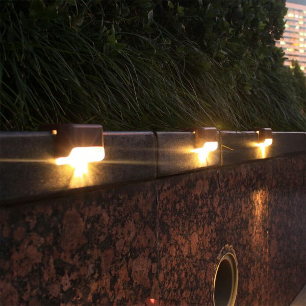 Solar Powered LED Lights for Step and Stairs Railing_13