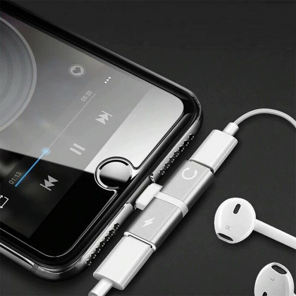 T- Shaped Dual Port Headset and Charger Splitter for Apple iPhone_1