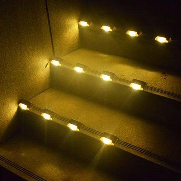 LED Light Solar Powered Staircase Step Light for Outdoor Use_16