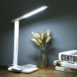 Multifunctional LED Desk Lamp with 5W Wireless Charging Function