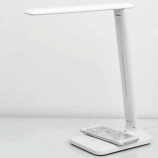 Multifunctional LED Desk Lamp with 5W Wireless Charging Function_7