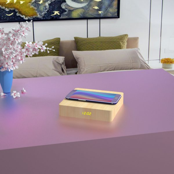 Portable Wireless Wooden Charging Pad and Digital Alarm Clock_13