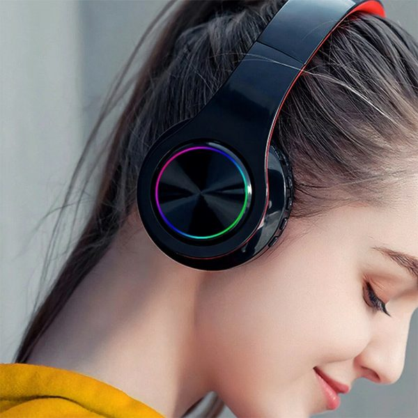 Wireless Bluetooth Rechargeable LED Sports and Gaming Headset_1