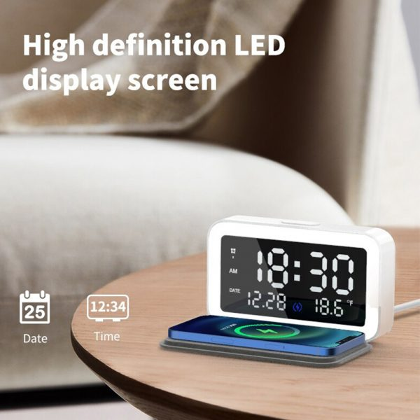 LED Digital Alarm Clock with Wireless Phone Charging Function_4